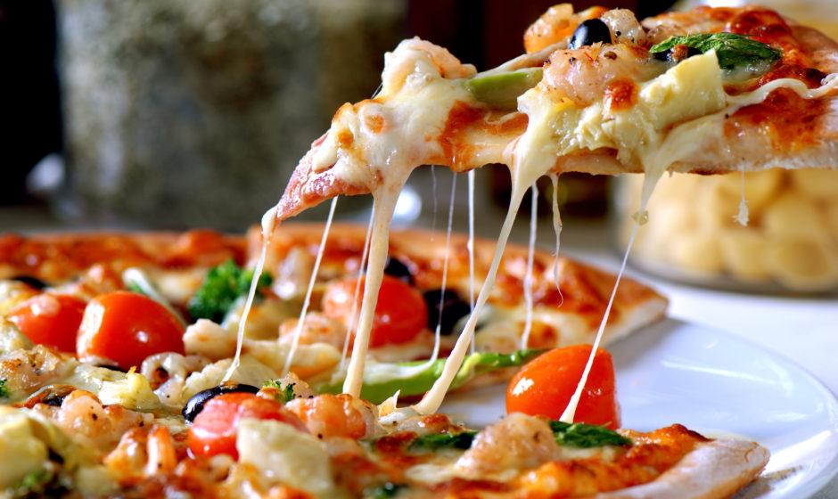 Une colonie de vacances pour adultes spécialisée dans la pizza